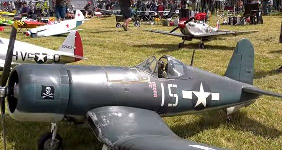 Giant Scale RC Warbird Airshow
