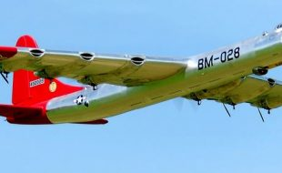 Monster Convair B-36 Peacemaker