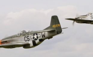 Amazing Dual Mustang Flight — Fighter formation at its best!