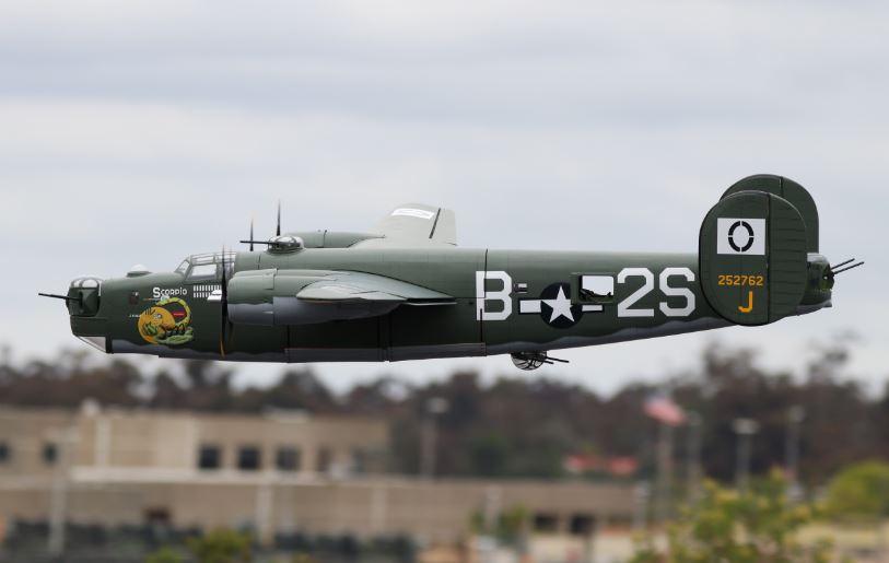 VQ Warbirds B-24 Liberator - Model Airplane News